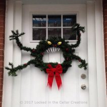 Man-Eating Monster Wreath