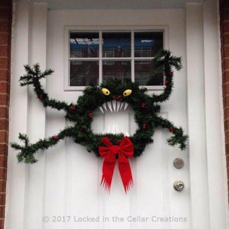 Man-Eating Monster Wreath
